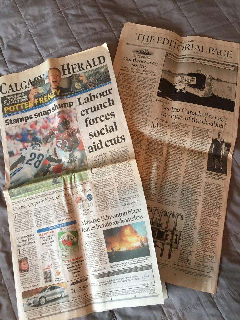Två sidor ur Calgary Herald